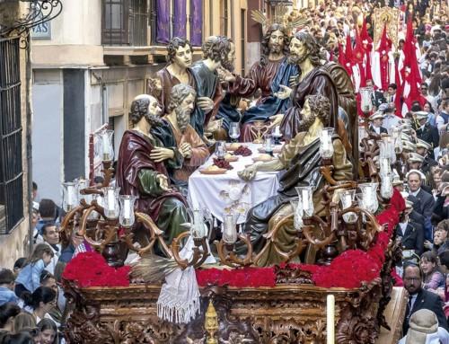 La Semana Santa en Granada: inolvidable y solemne.
